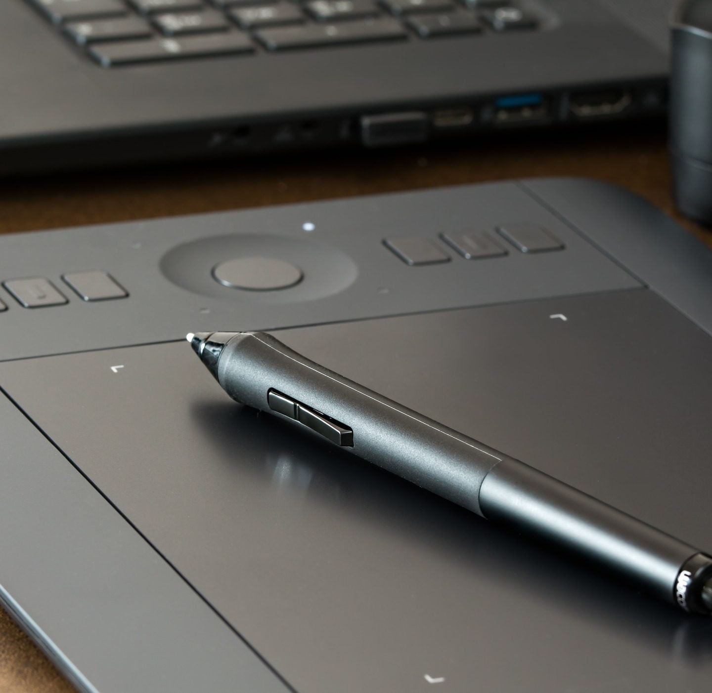 5 Cheap but Good Drawing Tablets – Finding the Best Tablet to Draw On