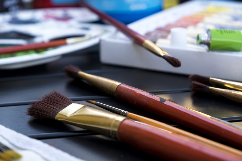 best acrylic paint brushes for beginners