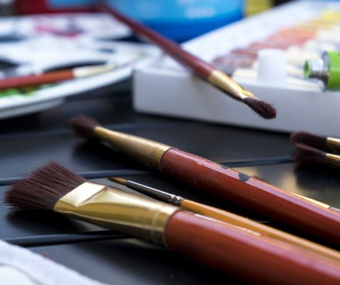 Best Acrylic Painting Brushes: Which Ones Do You Need?