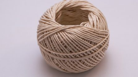 How to Easily and Quickly Make a Ball of Yarn Using a Yarn Ball Winder