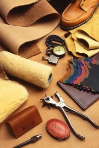 best leather tooling kit for beginners