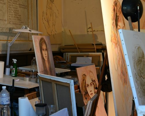 Art Mediums That Are Easy To Learn For Beginners