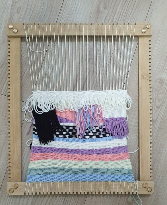 removing weave from the loom 1
